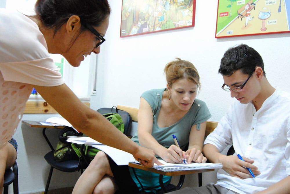 Estudiantes en clase de ELE