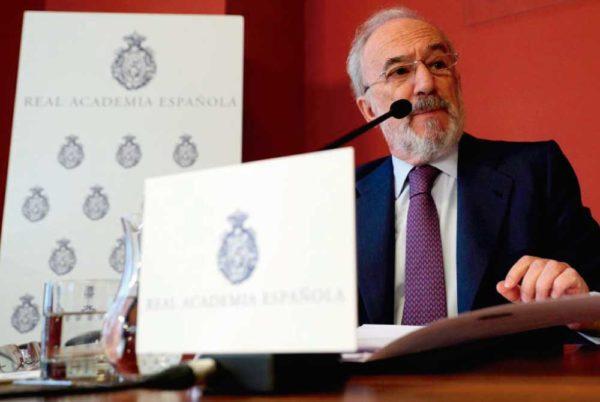 """La Constitución Española es """"gramaticalmente impecable"""""""